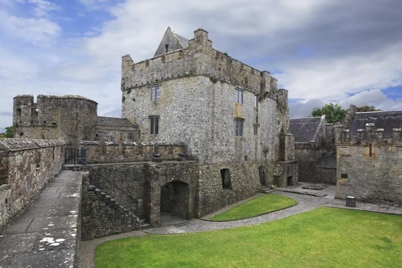 Hrad Cahir, Irsko