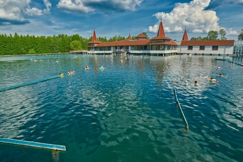 Termální jezero Hévíz