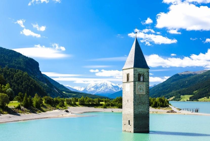 Lago di Resia a zatopený kostel