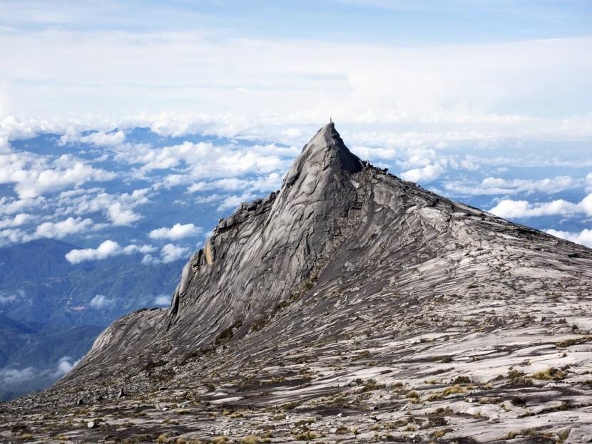 Kinabalu, nejvyšší hora Bornea