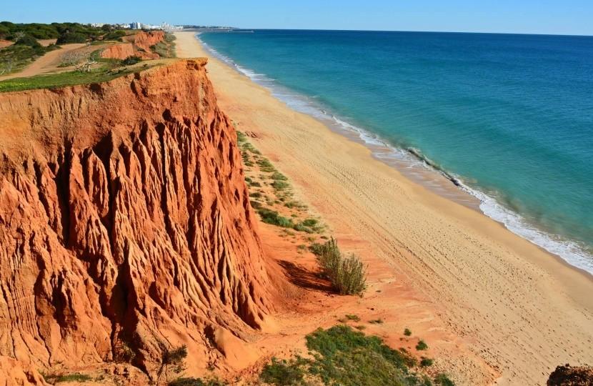 Praia da Falesia, Algarve, Portugalsko