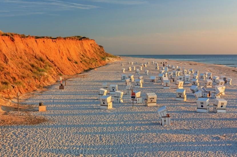 Pláž u Rottes Kliff, ostrov Sylt, Německo