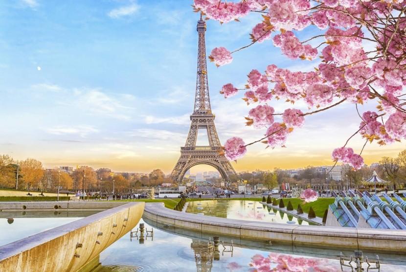Jarní Paříž, Francie