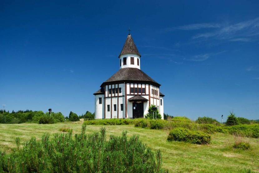 Kostel v Kořenově