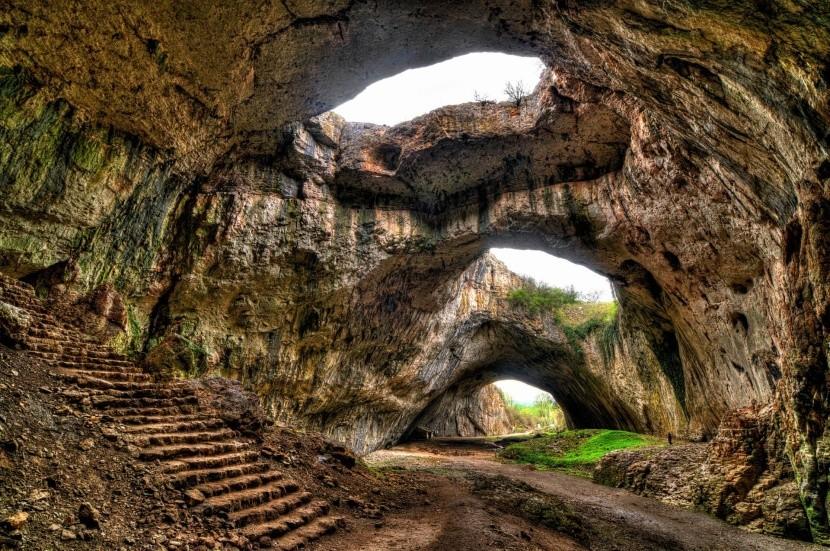 Jeskyně Devetaki v Bulharsku