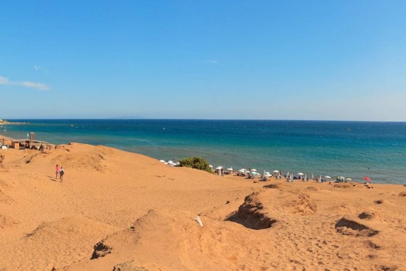 Issos, Korfu