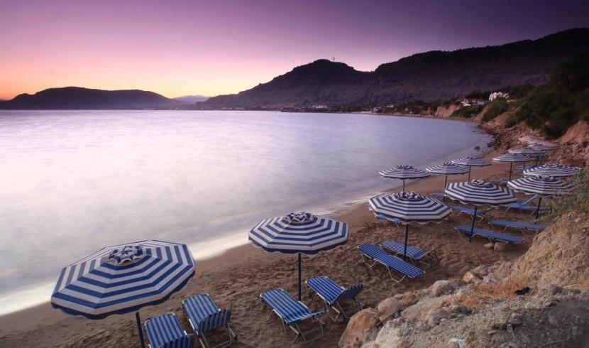 Pláž Pefkos, Rhodos