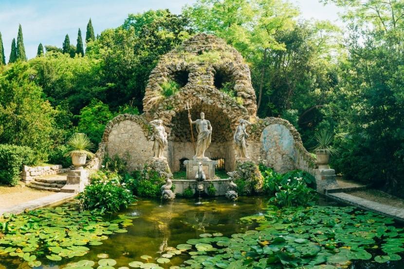 Park a arboretum v Trstenu