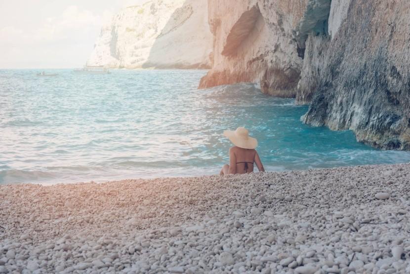 Oblázky pláže Navagio