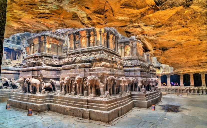 Jeskyně Éllóra, Indie