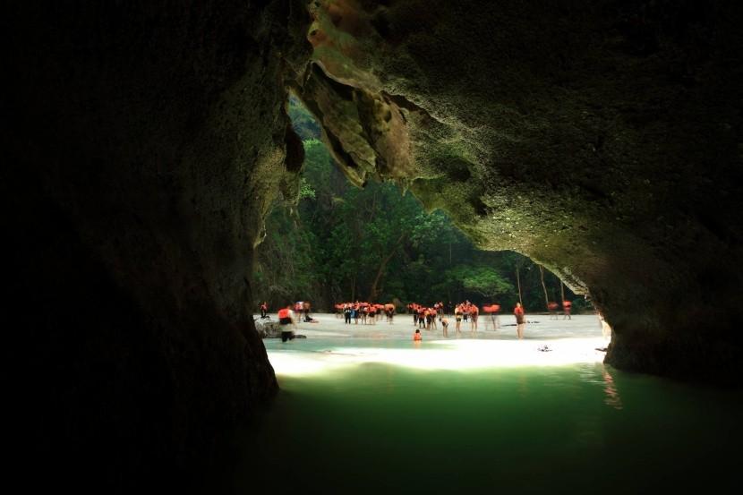 Jeskyně Morakot (Trang)