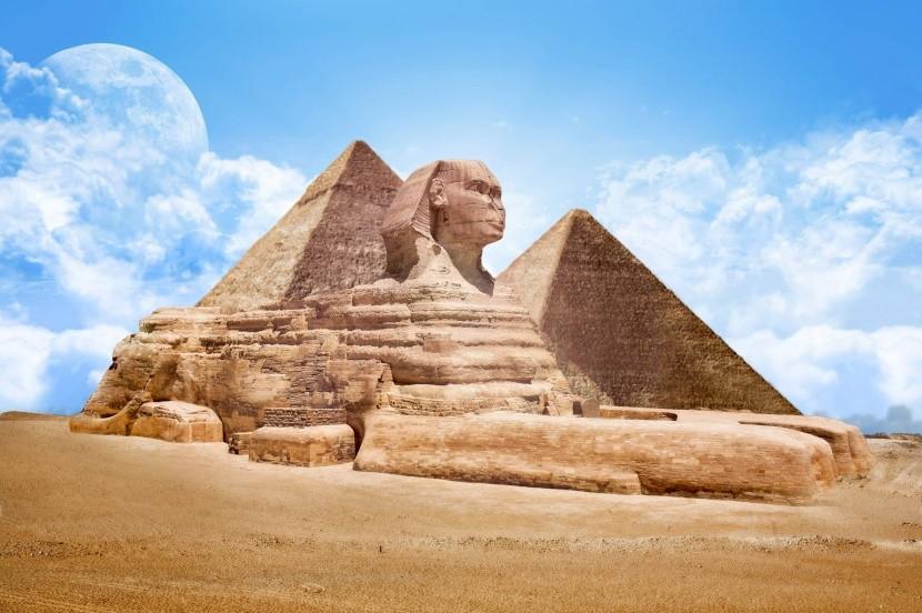 Egypt - pyramidy a Sfinga