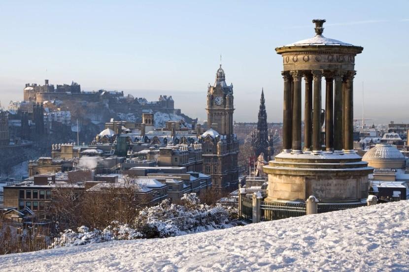 Zimní Edinburgh