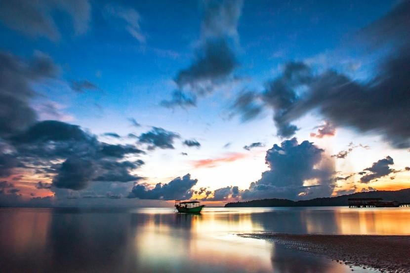 Koh Rong Samloem při západu slunce