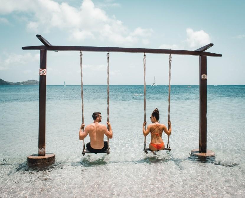 Plavky patří ideálně na pláž