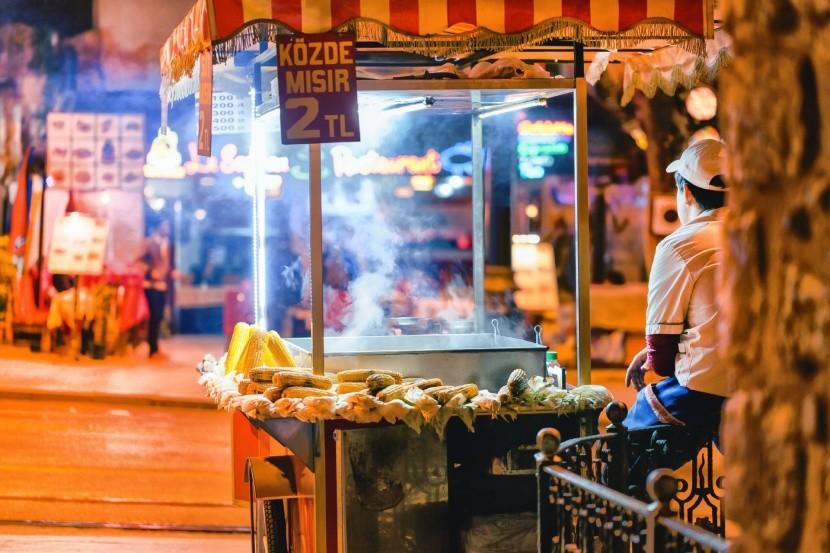 Pouliční občerstvení v Istanbulu