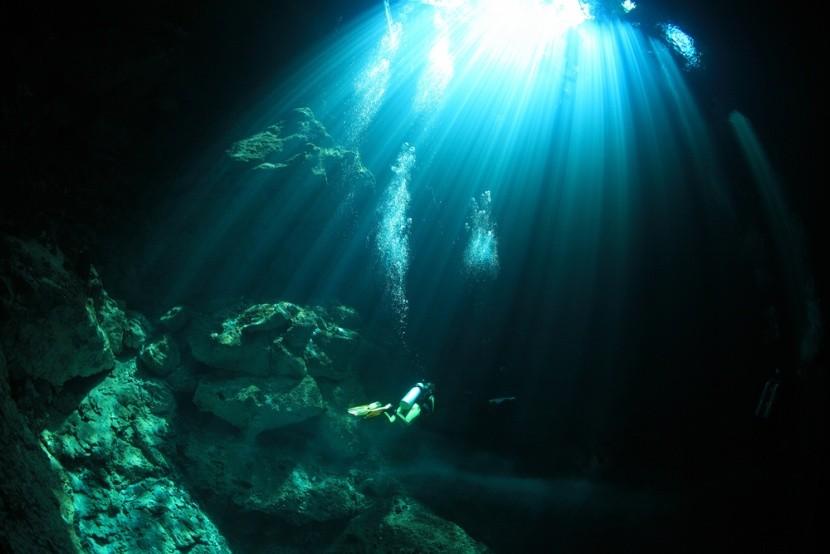 Potápění v jeskyních v Mexiku