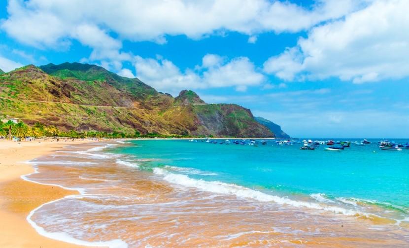Pláž Las Teresitas na ostrově Tenerife