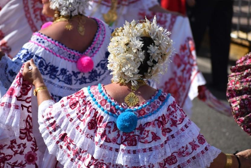 Tradiční oděv panamských žen