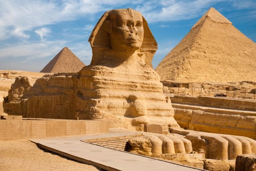 Legendární sfinga v Gíze, Egypt