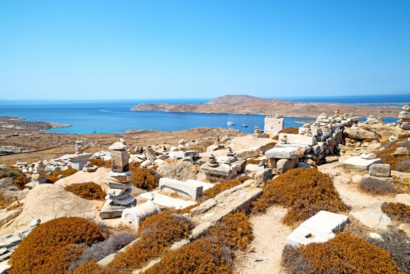 Řecký ostrov Délos v Egejském moři