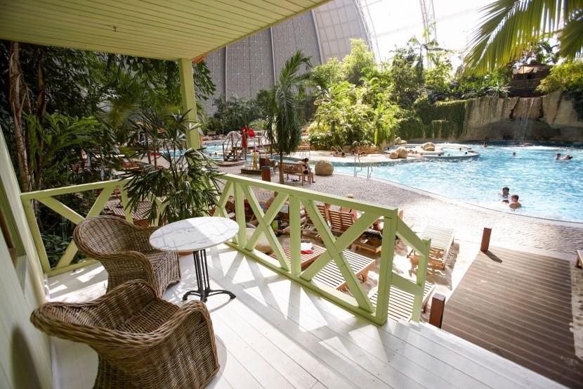 Tropické bazény v Tropical Islands
