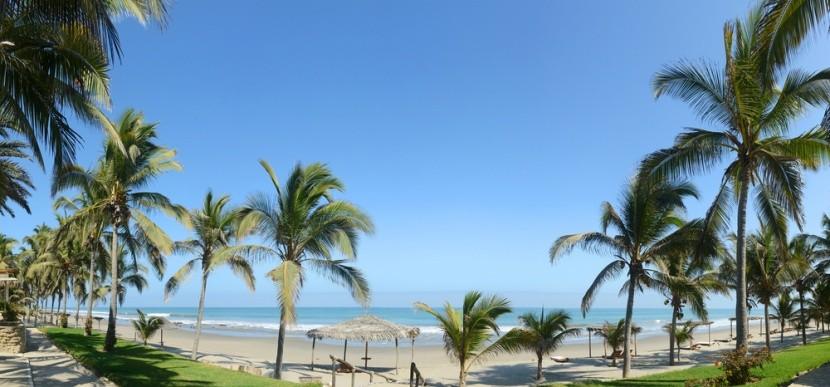 Plážové město Mancora, Peru