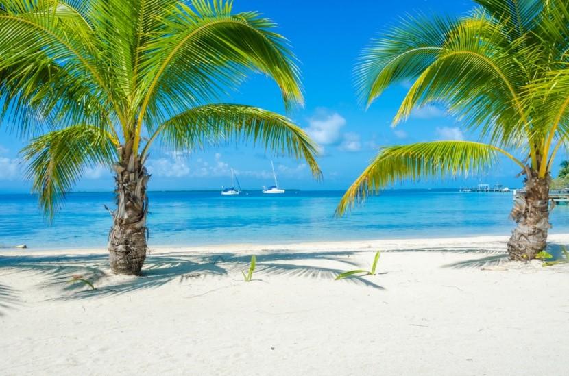Belize, Karibské moře