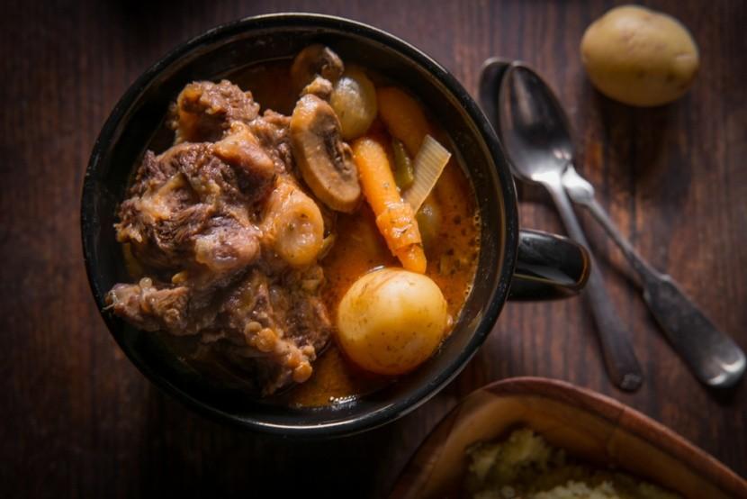 Potjiekos, tradiční pokrm z JAR