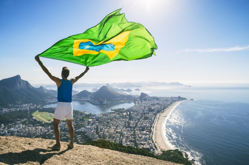 Brazilská vlajka nad Brazílií