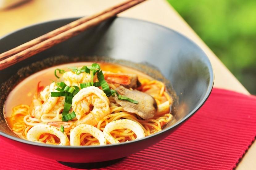 Thajská polévka tom yum koong