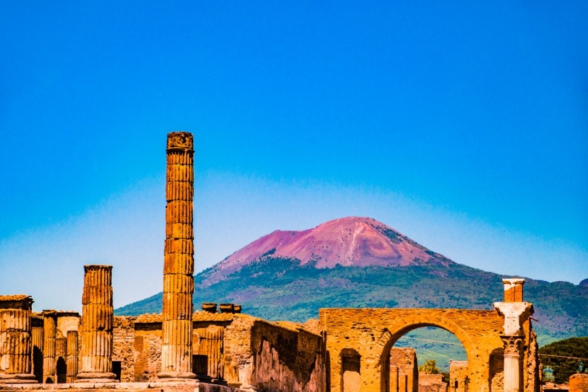 Pompeje a Vesuv v Itálii