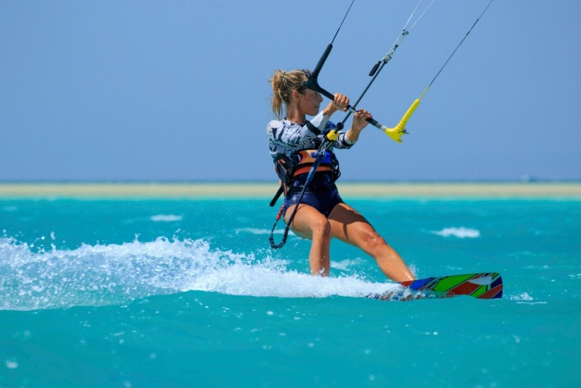 Surfkiting
