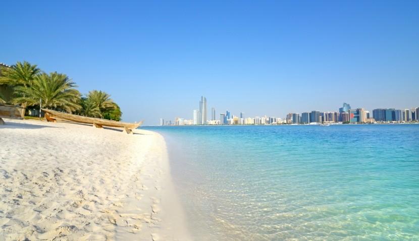 Pláž v Dubaji