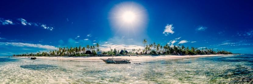 Malebná pláž na Zanzibaru
